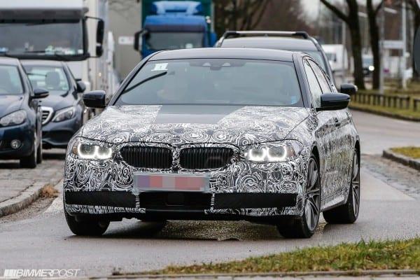 BMW 5-Series 01