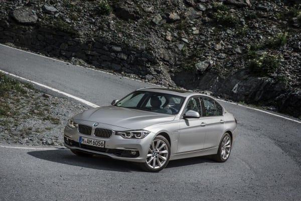 BMWプラグインハイブリッド「330e」「225xeアクティブツアラー」発売!気になるリチウムイオン・バッテリー交換や保証、自宅の充電用コンセントの設置費用や総走行可能距離に関して調べてみた^^