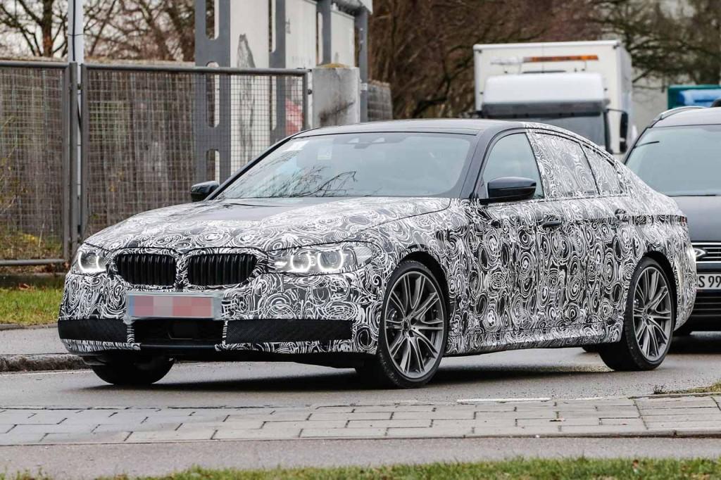 BMW次期5シリーズ(G30,G31)は1.5リッター直列3気筒エンジンが搭載!?