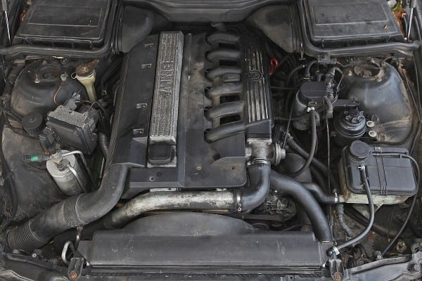 BMW-5er-1200x800-da57dd76cb37f041