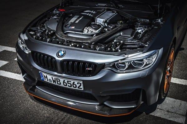 2016-BMW-M4-GTS-images-1900x1200-wallpaper-41
