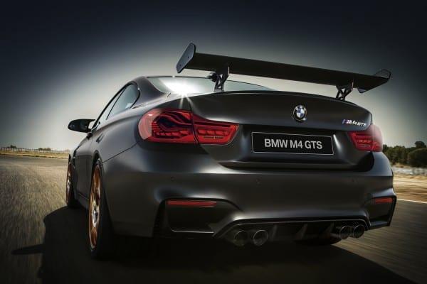 BMW M4 GTS リア