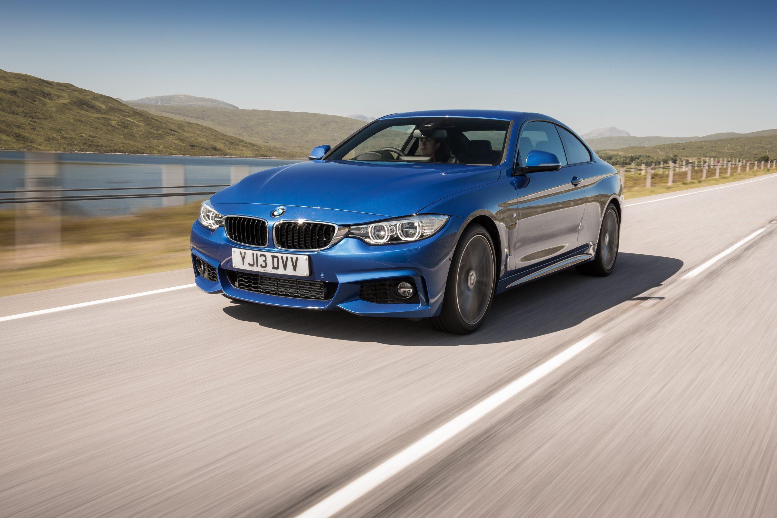 BMW M2続々とディーラーに入庫しはじめているようです。展示車だけでなく試乗車用意しているディーラーも^^