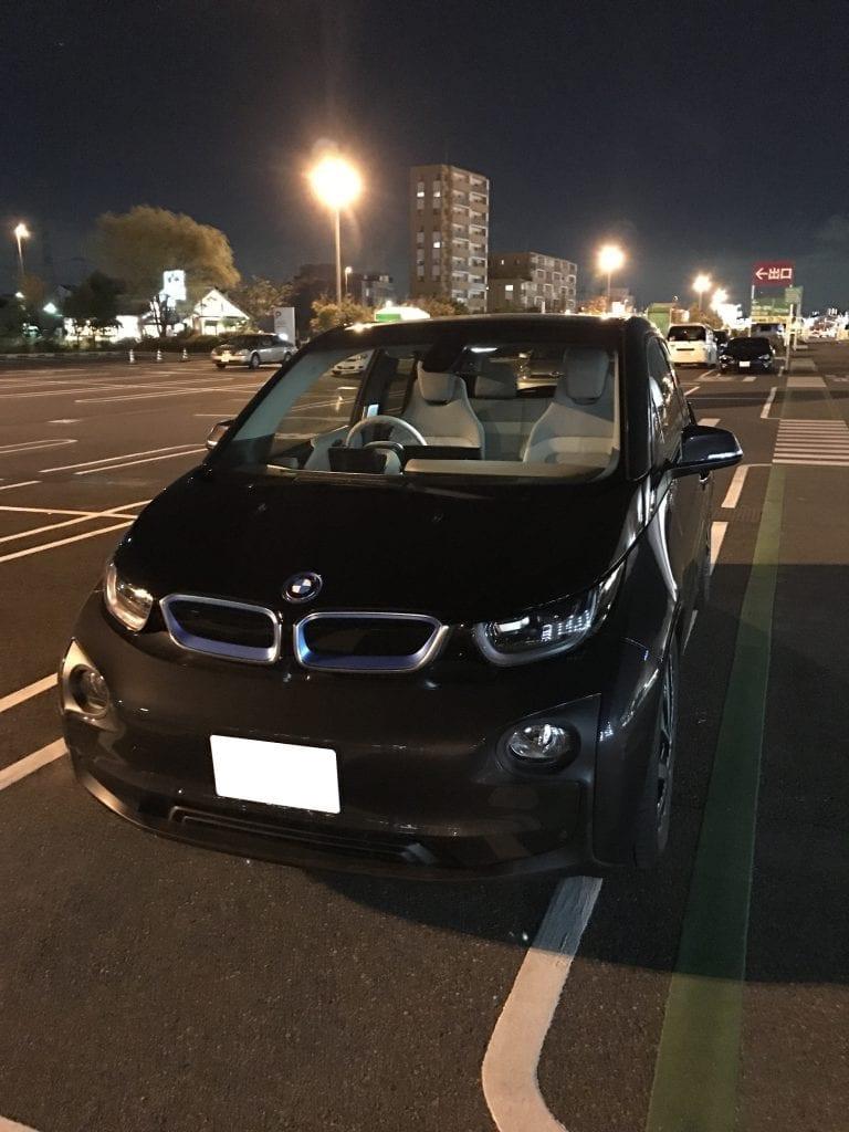 帰宅したらBMW i3が自宅に♪早速夜のドライブに行ってきました^^