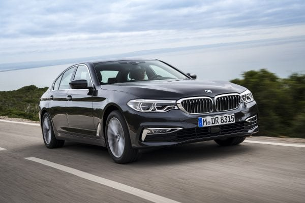 P90243452_highRes_the-new-bmw-5-series