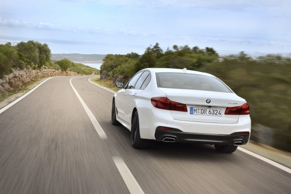 P90243515_highRes_the-new-bmw-5-series