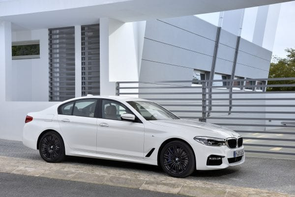 P90243535_highRes_the-new-bmw-5-series