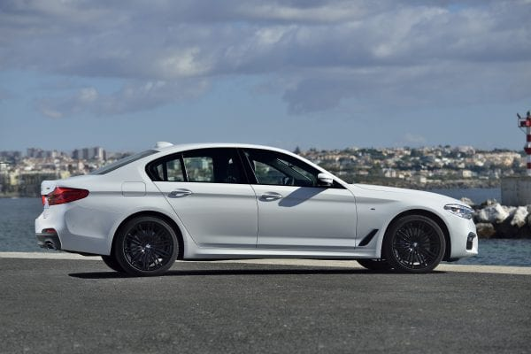 P90243544_highRes_the-new-bmw-5-series