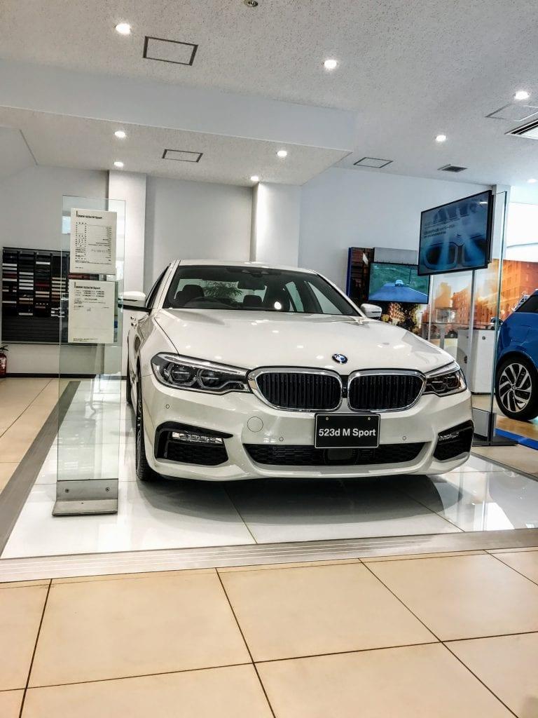 BMW新型5シリーズ(G30)540iMスポーツを試乗してきました^^
