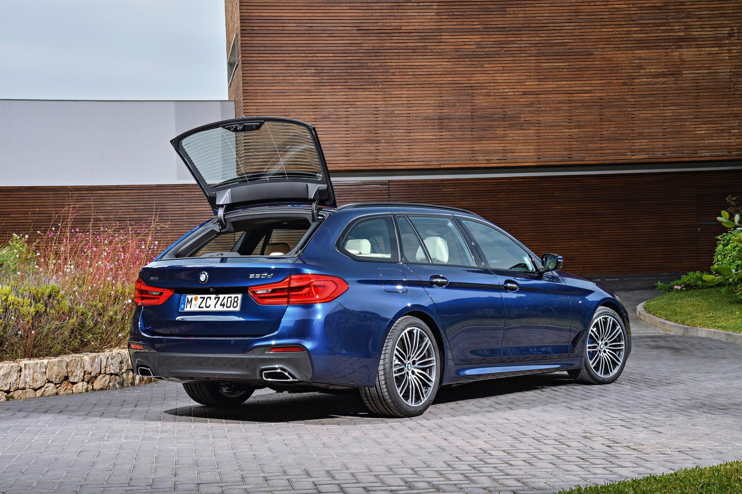 BMW新型5シリーズツーリング(G30)も正式フォトデビュー!!