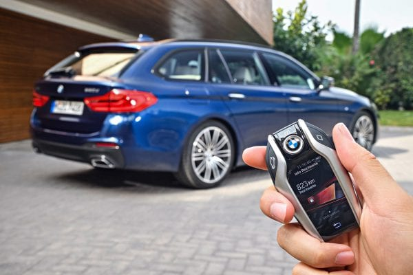 P90245027_highRes_the-new-bmw-5-series