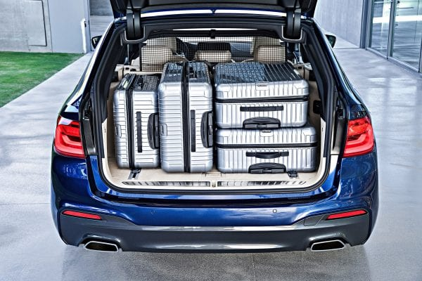 P90245037_highRes_the-new-bmw-5-series