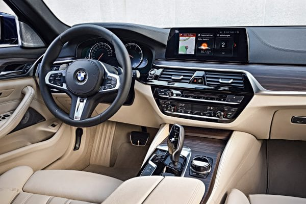 P90245048_highRes_the-new-bmw-5-series