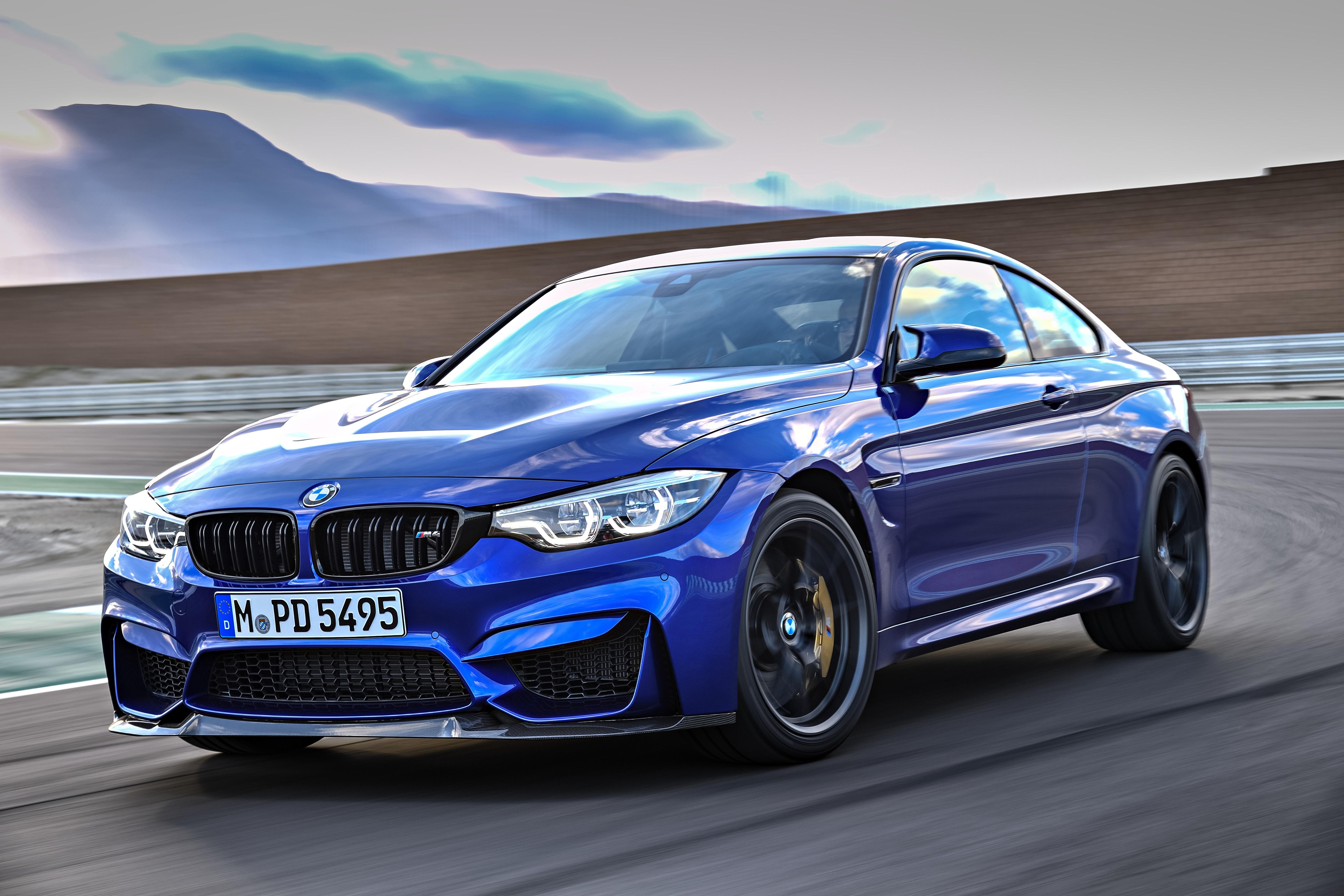 BMW M4 CS(クラブスポーツ)が上海モーターショーがデビュー!価格や、製造台数は?