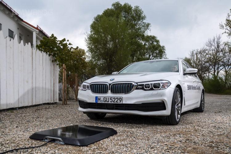 電気自動車もワイヤレス充電の時代^^BMW 530e(G30)のオプションとして2018年に市場投入予定♪