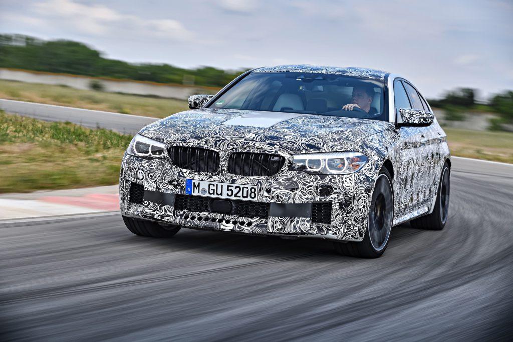 新型BMW M5(F90)の公式情報&画像&動画公開!600ps超,700NmでFRと4WDを切り替え可能な「M xDrive」搭載したモンスターマシン^^