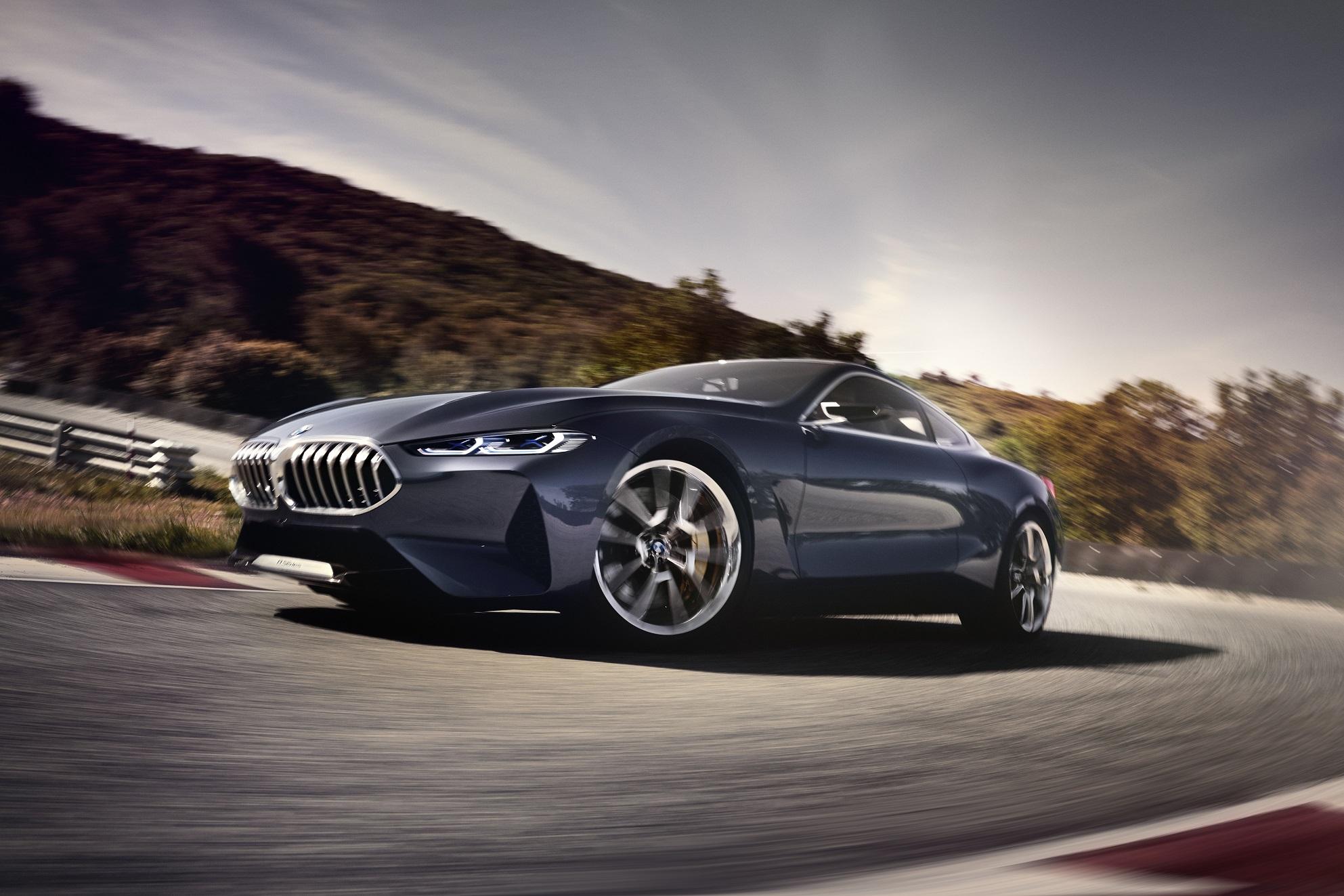 BMW8シリーズ コンセプトカーが正式に発表されました!気になるモデルバリエーションは?