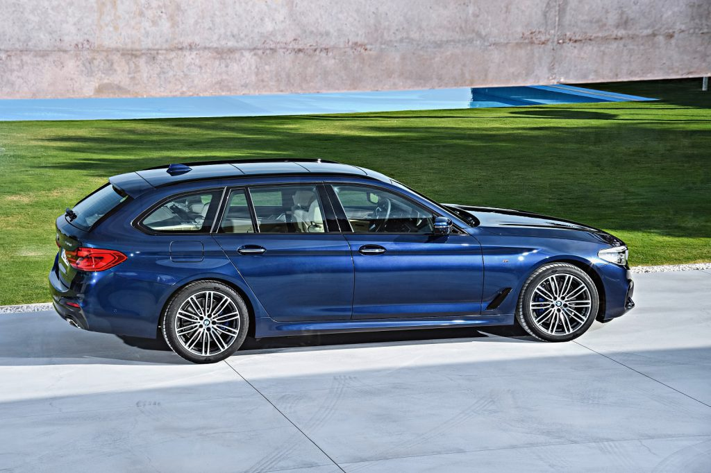 BMW新型5シリーズツーリング(G31)本日より正式販売開始!!