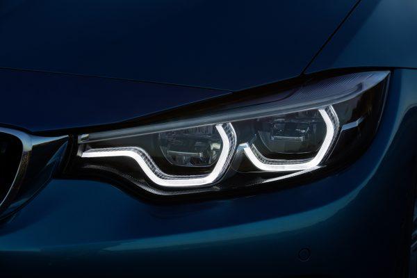 BMWも全モデルにデイタイム・ランニング・ライト(DRL)を標準装備すると発表!