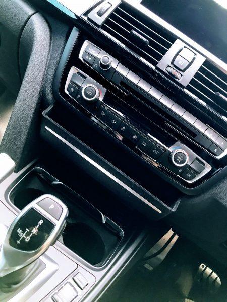 BMW用センターパネル収納ストレージボックスをMyBMW4シリーズグランクーペに取り付けてみました^^