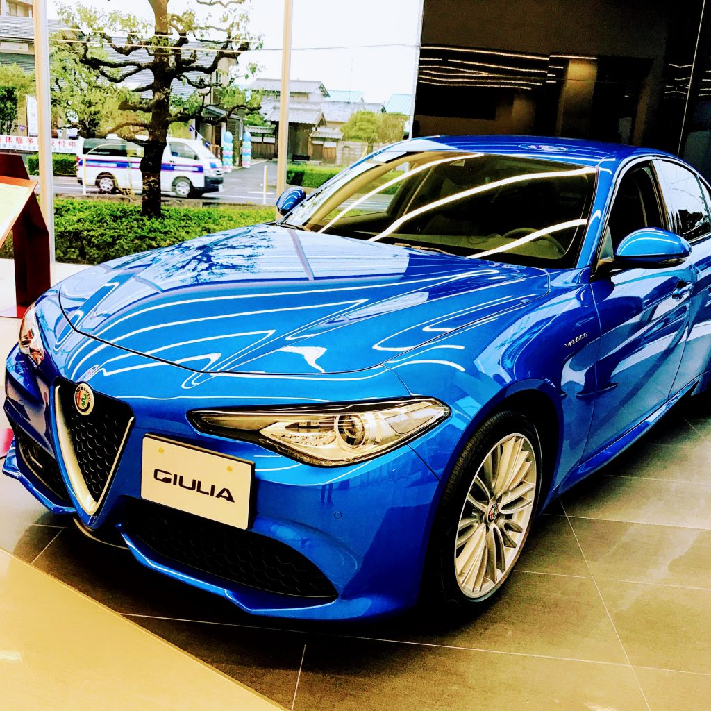 Alfa Romeoジュリア デビューフェアでGIULIA SUPERを試乗してきました^^