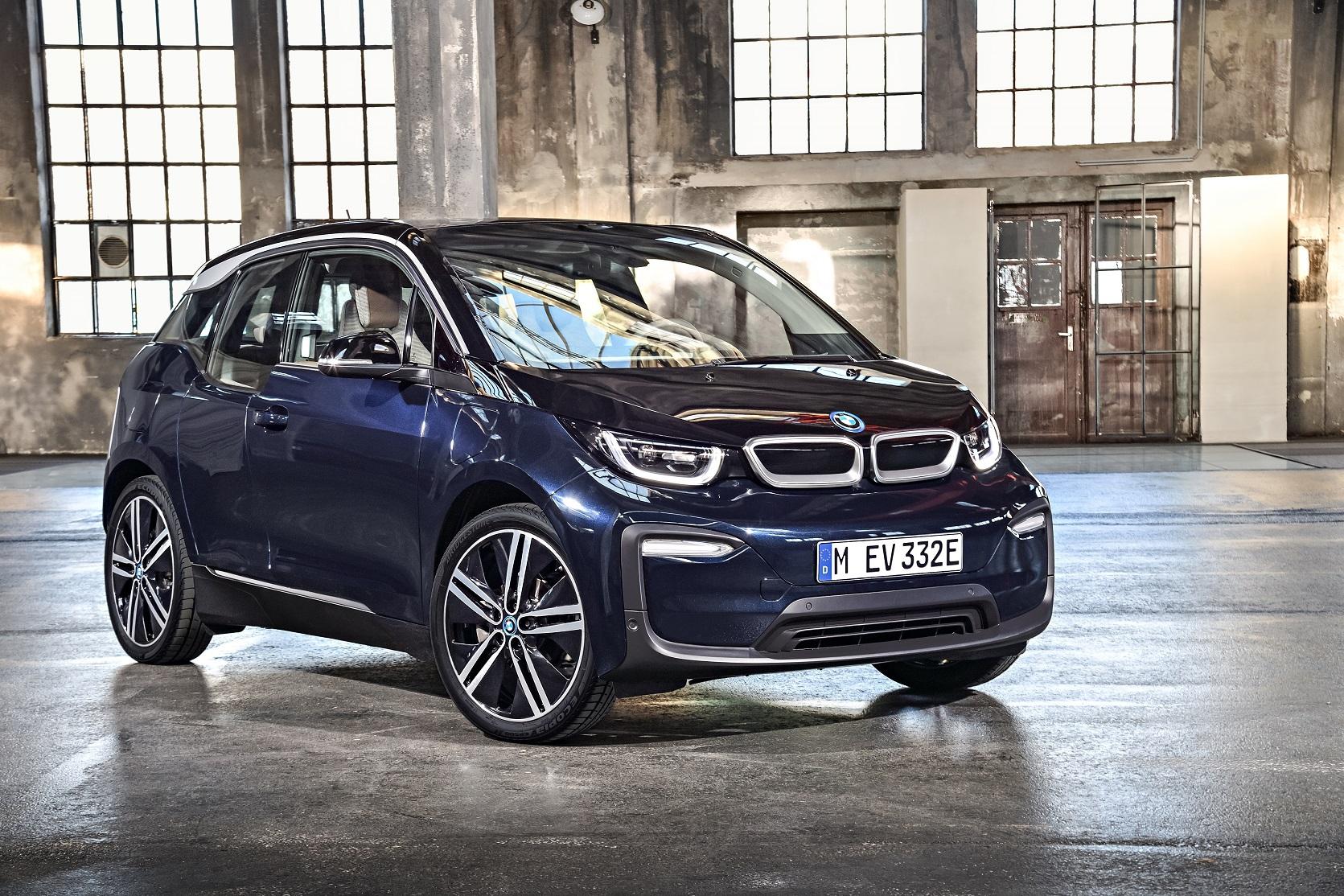BMW i3がLCI!新車登録から8年/走行距離100,000km以内のバッテリー保証は嬉しいですね♪残念ながらスポーツモデル「i3s」は導入なし><