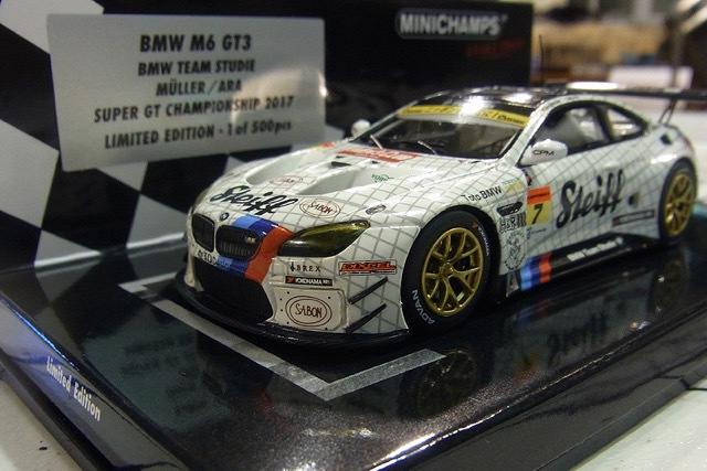 MINICHAMPS製のBMW Team Studie M6GT3のミニカーが500台限定で販売開始♪