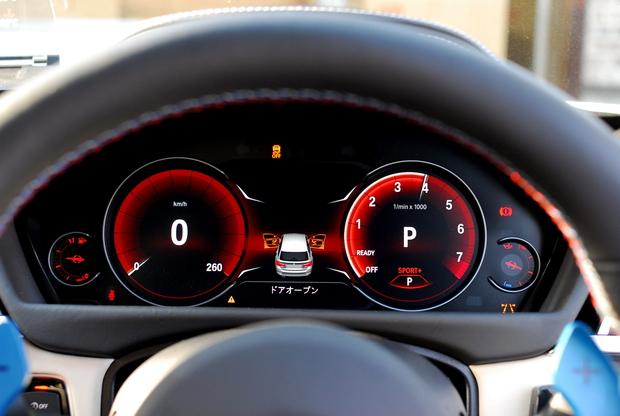 BMW1~5シリーズのアナログメーターをデジタルなマルチ・ディスプレイ・メーターパネルに載せ換えモディ可能に!!気になる価格は?
