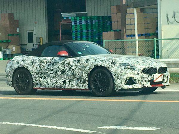 成田でBMW新型Z4が目撃されたそうです!