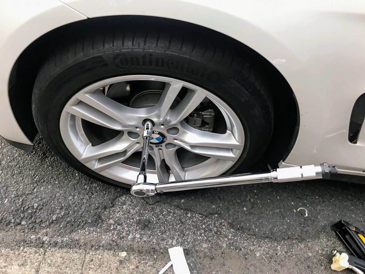 Ikebukuro BMWディーラーの展示車4台を見てきたのでフォトインプレッション・レポート♪