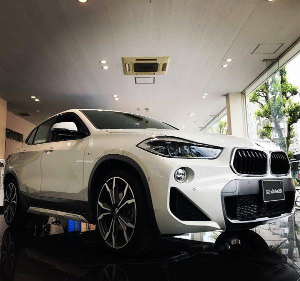 新型車BMW X2のオーナーはモディにあまり興味がない?