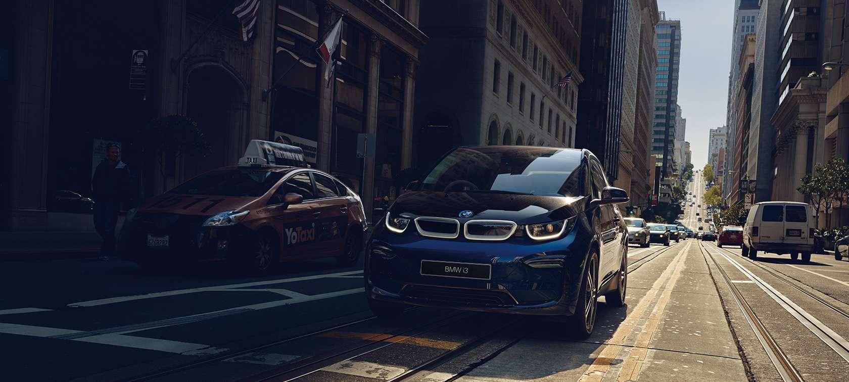 BMWジャパンが本気!?BMW i3を驚きの特別残価・据置率、低金利で販売^^50台限り!