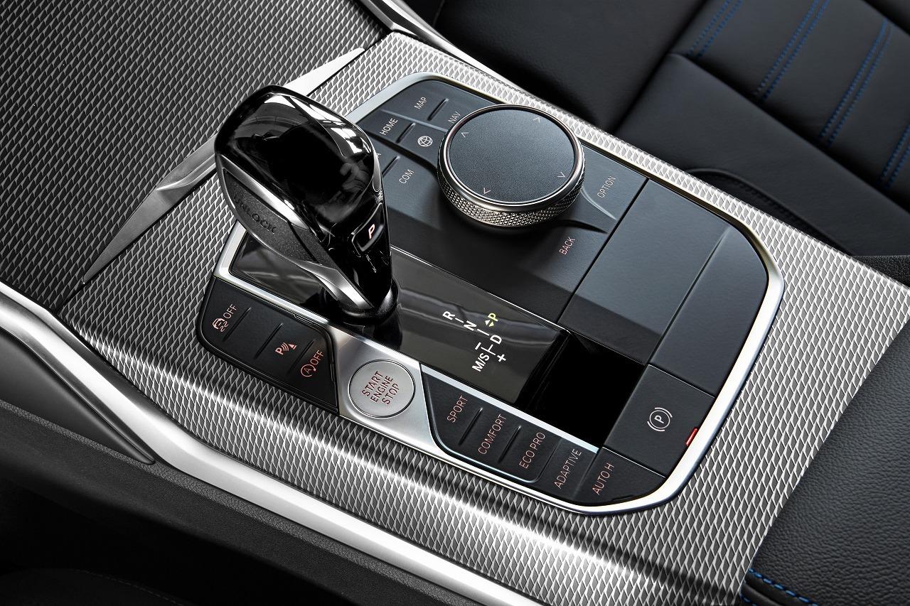 BMW新型3シリーズ(G20)のサイドブレーキが待望の電子ボタン式パーキングブレーキになりました!