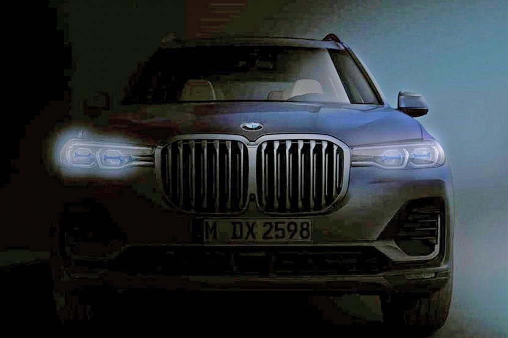 BMWのキドニーグリルがどうなっていくのが気になります。。。