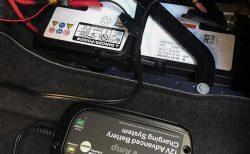 3ヶ月ぶりにAlpina D4のバッテリーをBMW純正バッテリー充電器で充電してみました^^