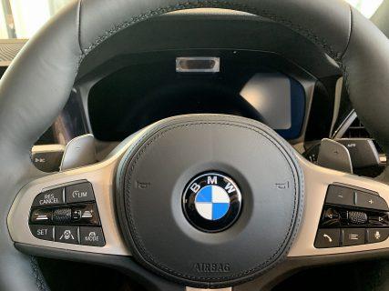 【続報】日本初手放し運転「ハンズ・オフ機能付き渋滞運転支援機能」は作動条件は速度は60km/h以下、位置情報にて判断。既存新型3シリーズには有償でアップデート対応