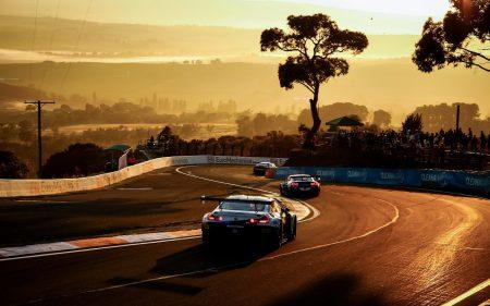 BMW MotorsportのカッコいいPC用壁紙をダウンロードできます^^「M6 GT3」や「M4 GT4」「フォーミュラE iFE.18」など