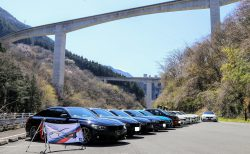【BMWオフミレポ】春の秩父路ツーリング・ラーメン食べて雁坂峠を山梨へ。ALPINA D4の走行写真も♪