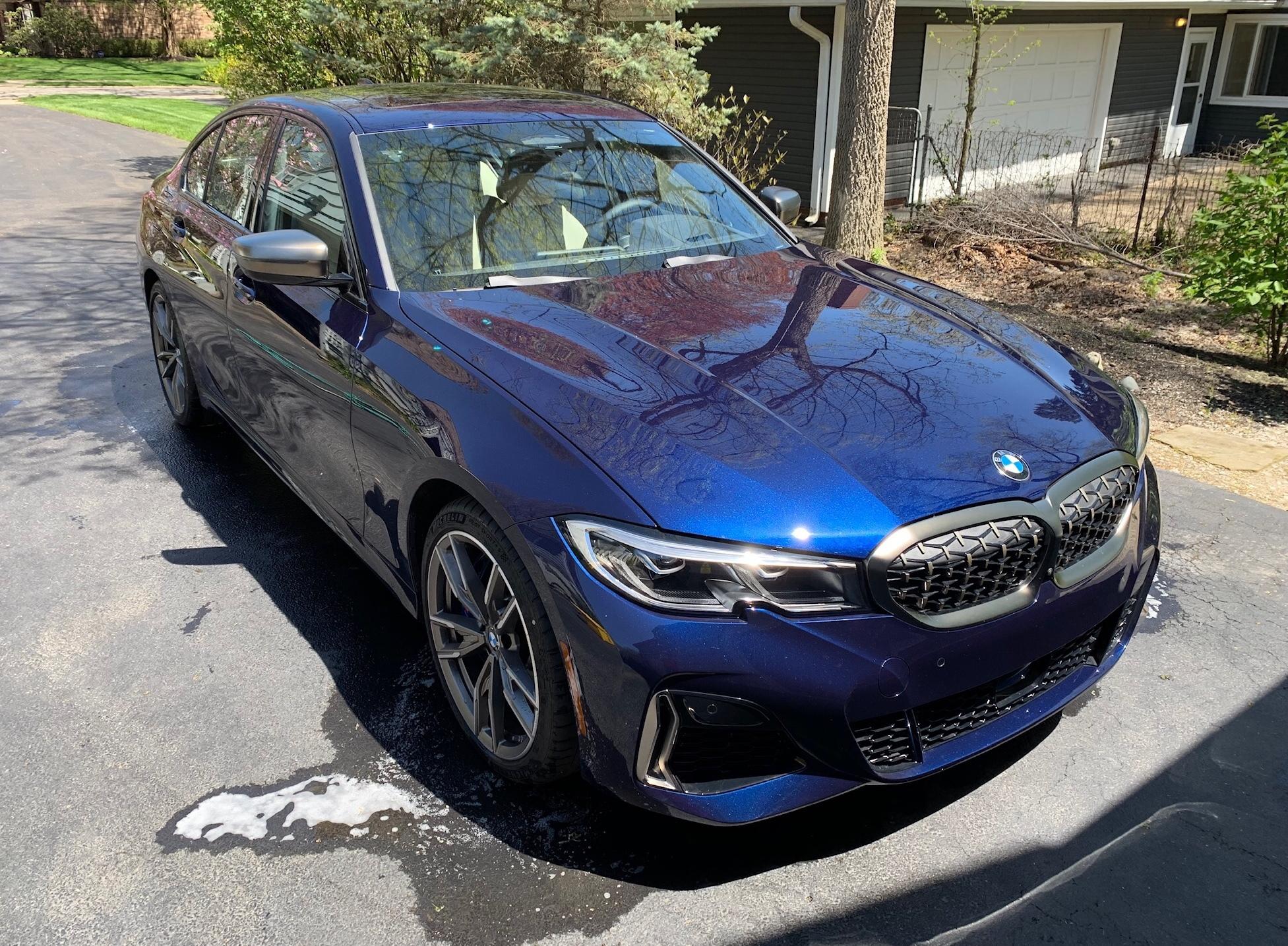 タンザナイト・ブルーの新型BMW3シリーズ(G20)M340i xDriveが素敵すぎます^^それに比べて日本仕様は白・黒・グレー・青のみは少し寂しいですね^^;