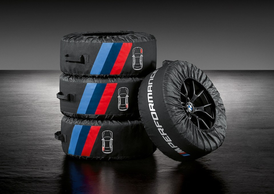 BMW純正M Performanceホイール・バッグ(タイヤバッグ)がカッコいい! 価格が悩ましいですが^^;