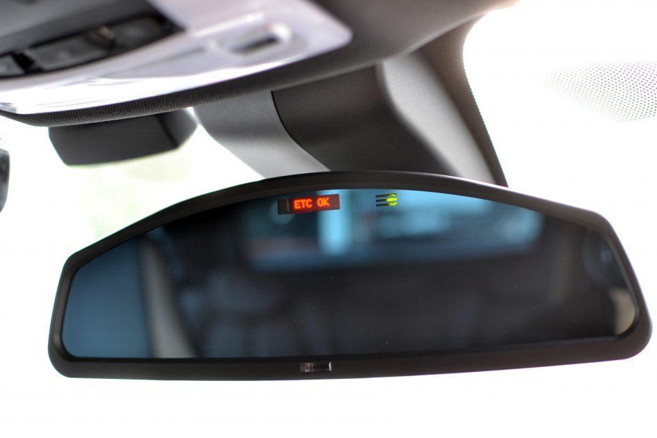 愛用の初代Studieルームミラーが待望のモデルチェンジ!BMW「Studie Wide Angle Rear View Mirror Type2」が発売開始されたので売り切れる前に早速ネットで購入しました♪