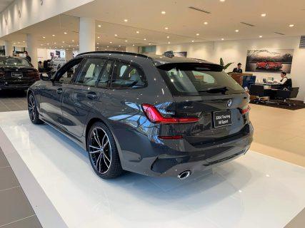 新型BMW3シリーズツーリング[320d xDrive M Sport](G21) 初期生産モデル限定のデビュー・パッケージの展示車を見てきました^^【BMW GROUP Tokyo Bay】