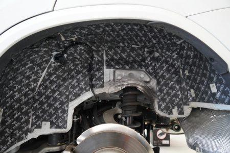 愛車静粛性アップ!BMW2・3・5シリーズ&X3向け FOCAL社製の高性能遮音材「BAMシート」を使用した走行音静粛化プログラム「調音施工」提供開始!作業費用は?