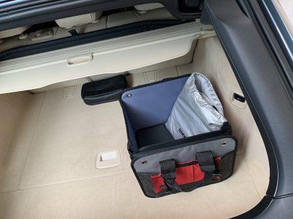 車のトランクに載せておくと便利な折りたたみ式収納ボックスレビュー!買い物袋とかもそのまま入ります^^