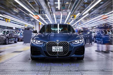 日本のダサいナンバープレート問題・・・BMW新型4シリーズやプジョー208につけたらイマイチすぎる件。。。