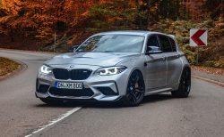 BMW M135i(F20)をM2フェイスにしてV8 Biturboに載せ替えたモンスターマシン!V8サウンドの爆音が凄い!