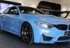 BMW M4(F82)純正OPカーボン・セラミックブレーキ100万円がついた2台の中古車が販売中!300万超えのオプション付きで500万切りで即Sold outになりそう(^_^;)