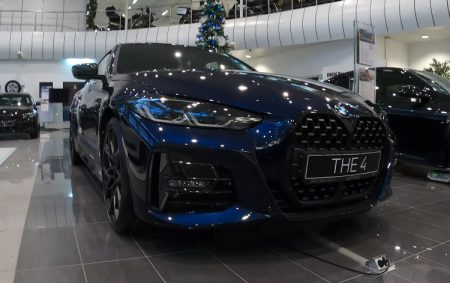 BMW新型4シリーズクーペ(G22-420d)の車両レビュー高解像度映像!タンザナイトブルーが美しすぎる!