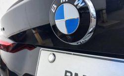 最近のBMW新型車のリアエンブレムがカメラと一体の内蔵型になったのですがエンブレム交換はどうなるのか気になる(^_^;)